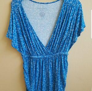 Blue Liz Lange maternity top size large